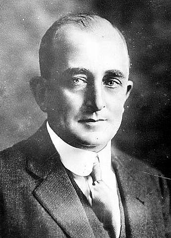 Arturo Araujo