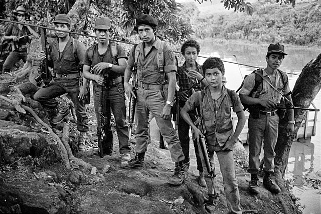 Comienzo de la guerra civil de El Salvador