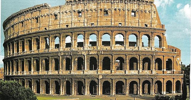 Colosseu o amfiteatre Flavi.