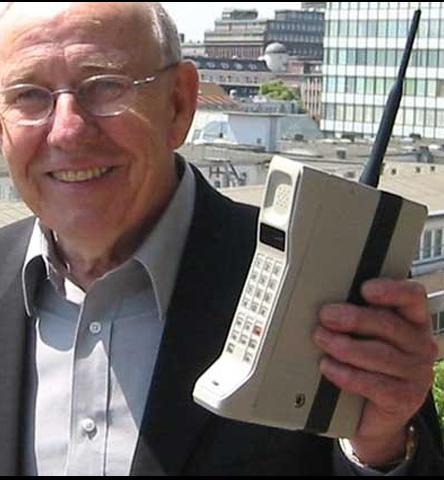 Primer telèfono mòvil