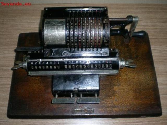 Maquina Calculadora (Sin memoria)