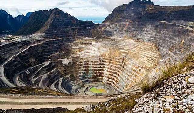 Los Rothschild junto con otros inversores tomaron las minas de cobre tinto