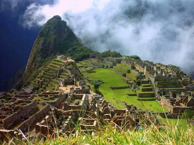 Atentado Terrorista en Perú