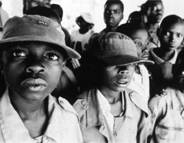 Se da inicio a la Segunda Guerra del Congo, el mayor conflicto armado desde el final de la Segunda Guerra Mundial.