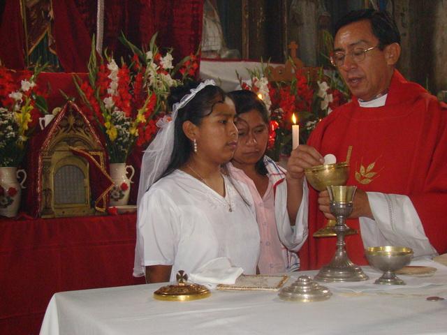 Mi primera comunión y el bautizo de mi sobrina Lorena