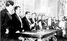 Promulgación de la Constitución y fin el Parlamentarísmo