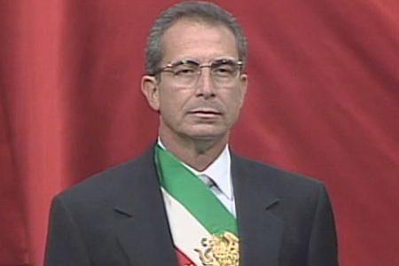 Ernesto Zedillo toma la presidencia