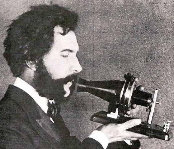 Alexander Graham Bell: el teléfono