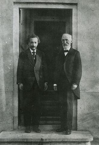 Hendrik Antoon Lorentz: Las transformaciones de Lorentz (1900) y el efecto Zeeman (1902)