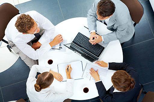 3.- Primera fase: cuestiones de procedimiento y enumeración de los puntos en litigio