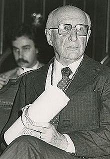 Luis Santaló