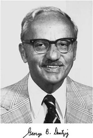 1947 George Bernard Dantzig - El método Simplex de programación lineal
