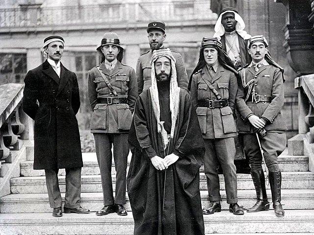 Lawrence de Arabia (Izquierda)