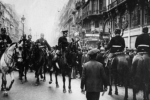 """Golpe de Estado (Civico-Militar) Argentina en 1930. """"Decada infame"""""""
