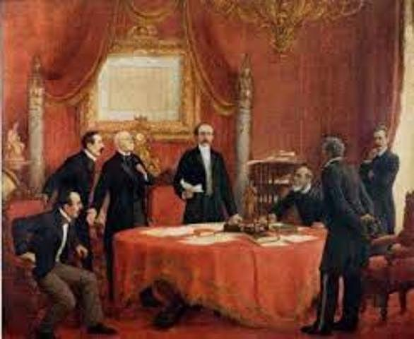 Creación del Consejo de Ministros.