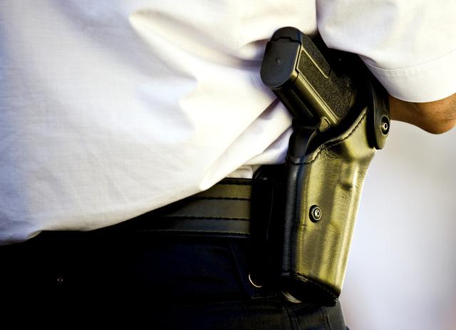 Rotterdam: Politie schiet man dood