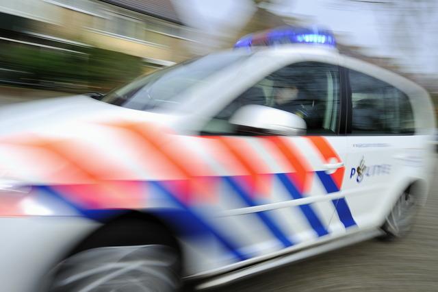 A1 bij Muiden: Vuurgevecht tussen politie en vier mannen die overval hebben gepleegd in Marknesse