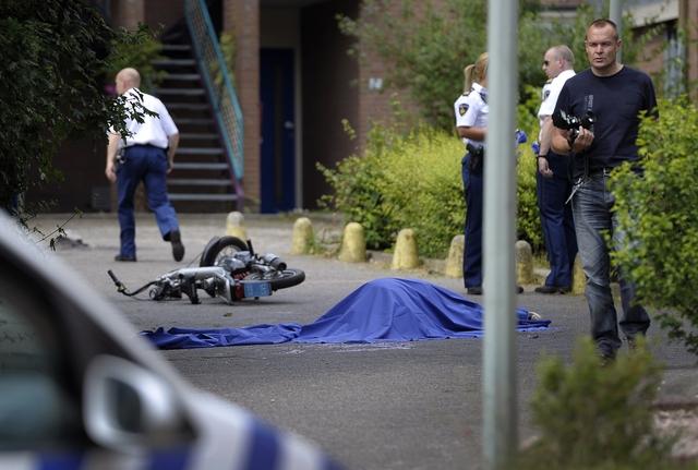 Hoensbroek: Politie schiet verwarde man dood