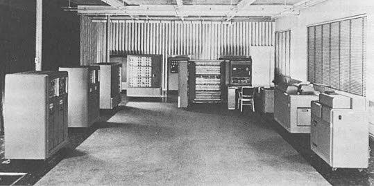 IBM 701 Electronic Data Processing Machine