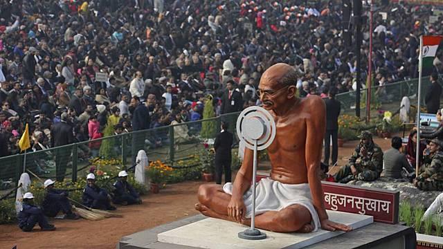Gandhi fights racial discrimination