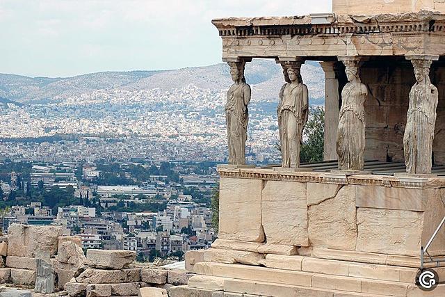 erste Komödienauffiihrungen in Athen