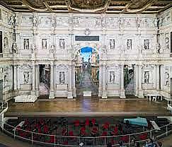 Eröfinung des »Teatro Olimpico« in Vicenza mit einer Aufführung von Sophokles' König Ödipus