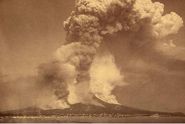 The 1883 Krakatoa explosion