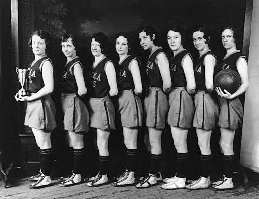 Creación del equipo femenil