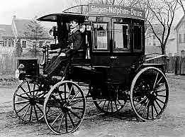 Первые грузовики и автобусы