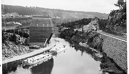Erie Canal Built