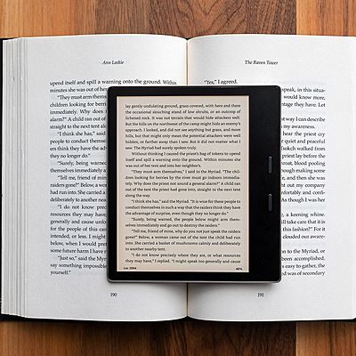 Invention Timeline Amazon Kindle by Cano López Ana Paulina 510