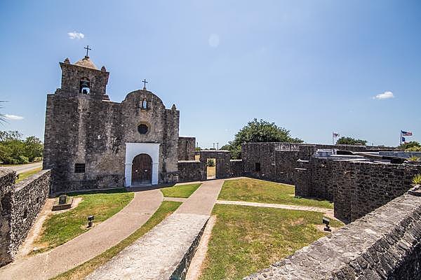 The Presidio Nuestra Senora de Loreto de la Bahia (Fort Goliad)