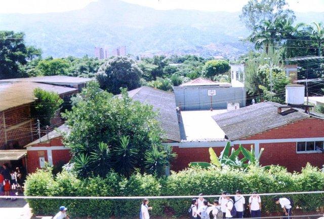 exterior del colegio
