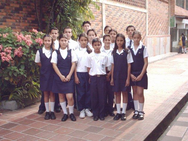 Cambia de nombre a Colegio Basico Provenza
