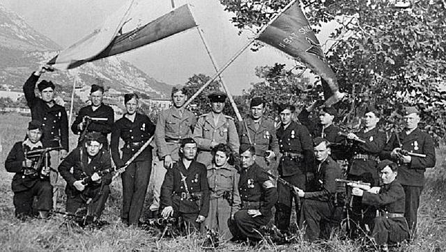 Conquête de la Yougoslavie et de la Grèce.