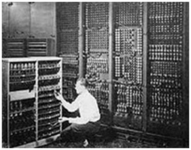 Primera Generación (1945-1955) Bulbos y conexiones