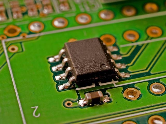 Tercera Generación (1965-1980) Circuitos integrados ( CI ) y multiprogramacion