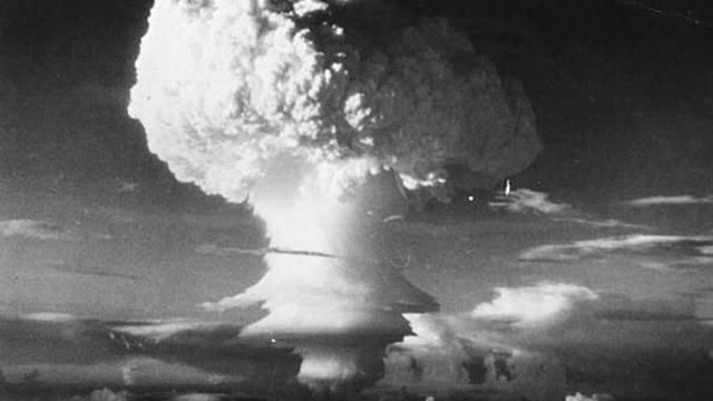 U.S. detonates its first hydrogen bomb