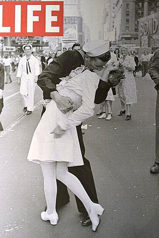 Celebración en Times Square del Fin de la 2º Guerra Mundial.