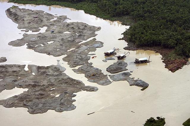 Muertes por contaminación del rió Atrato con mercurio