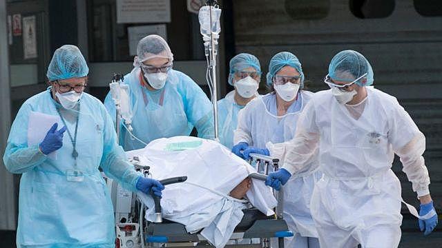 2700 casos en China