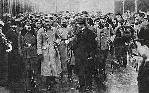 Koniec I wojny św. i odzyskanie niepodległości przez Polskę