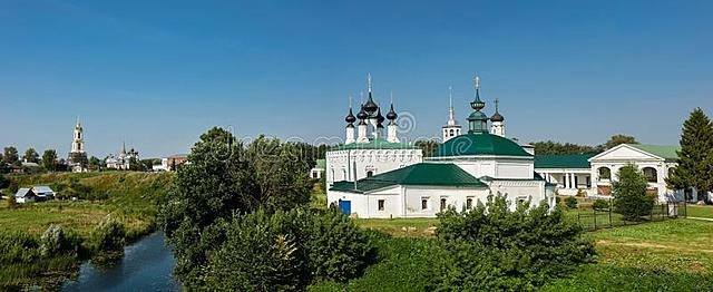 Ηγεμόνας  Suzdal μετατοπίζει το κέντρο εξουσίας απο το Κίεβο.