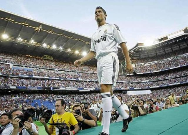 Presentation at Real Madrid