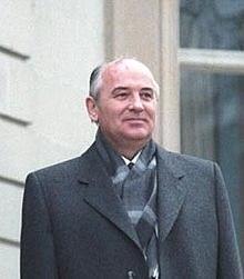 Sovjetunionen oppløses