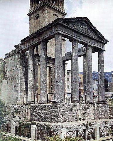 Templo de Hércules en Cori