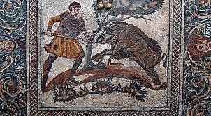 Mosaico con cacería de jabalí