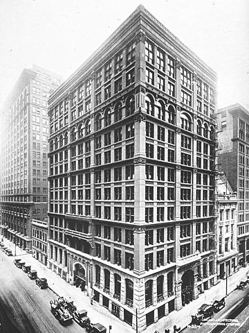 "1º Rascacielos de acero. ""Home Insurance Building"" de William Le Baron Jenney. (12 plantas)."