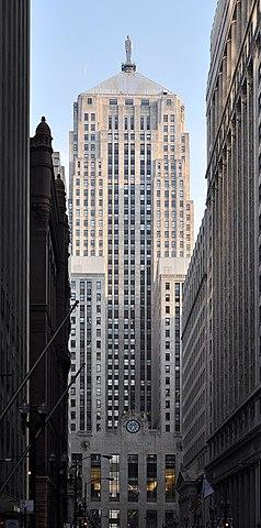 Chicago Board of Trade Building de Holabird & Root.