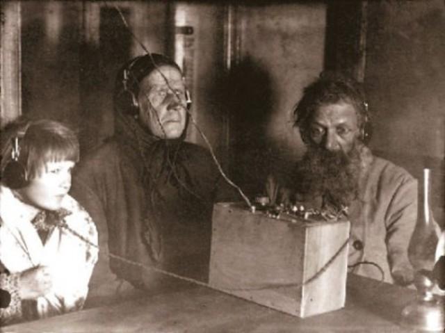 Wireless Voice Broadcasts